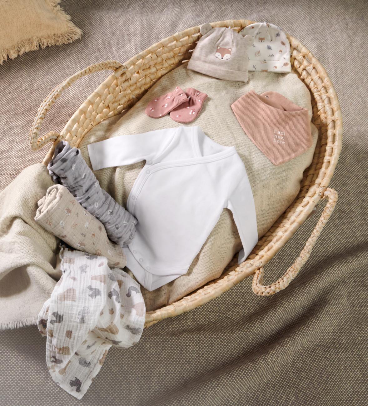 Layettes pour bébé - Body, grenouillère, gigoteuse et autres vêtements pour bébé