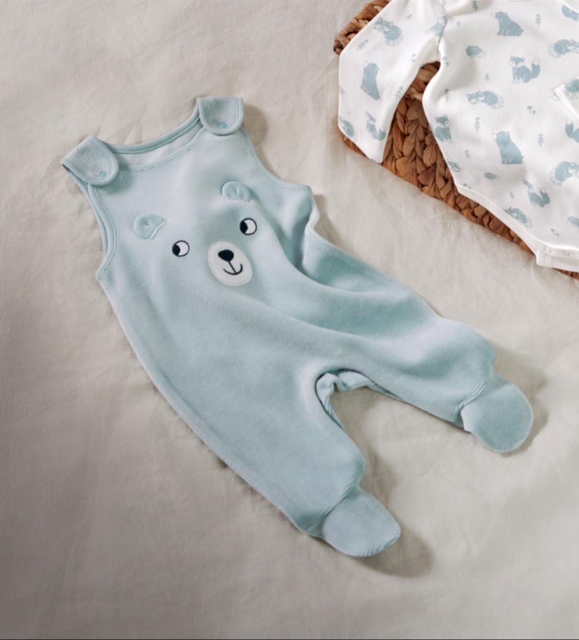 Baby-Erstausstattung: Strampler & Bodies in verschiedenen Farben